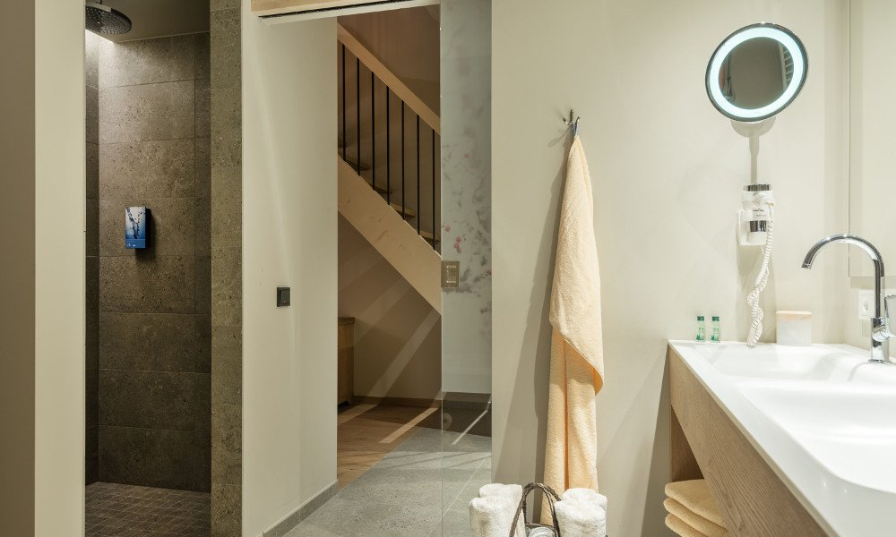 Suite alpine loft u a hotelmadonna