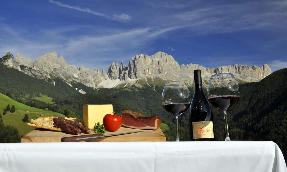 Die regionale Küche bei Bed and Breakfast Dolomiten entdecken